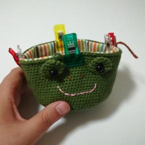 大きめなカエルのがま口(2):内袋縫い付け中!