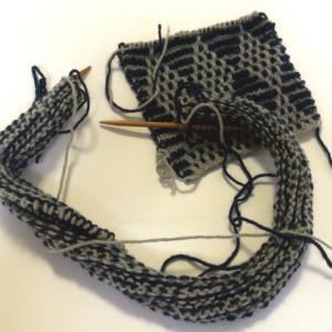 ダイヤ模様のベスト(3) :本番編みスタートしました!