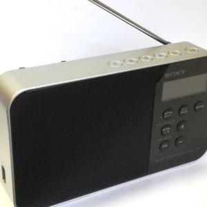 編みのお供には音質の良いラジオをどうぞ!