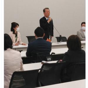 小沢 一郎「総理は自分に関わる問題で、自殺にまで追い込まれた職員がいるのに平然としている。政治家以前に人間性の問題。こんな人物にまともな政治ができる訳がない。総理に鉄槌を下すことだけが、この国の正義を救える」