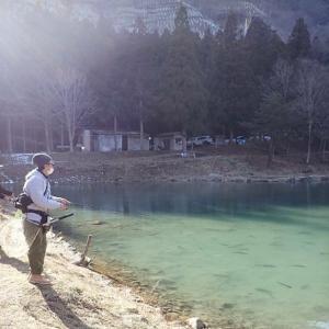 管釣りやアウトレイジやカキピーなどの記事(^^)