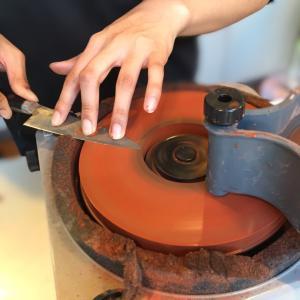包丁のための自動研磨機を購入