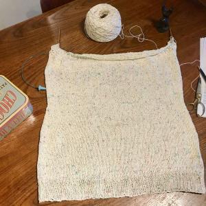 Mythica Fibers Rustic Silkで編む Whispers 3