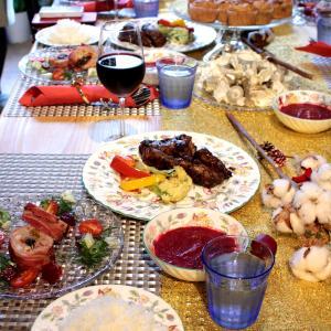 友人や家族が集うパーティーにスペアリブやグリルチキンでおもてなし!