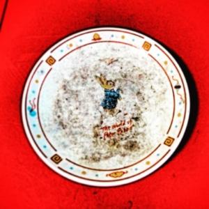 母の部屋の小皿
