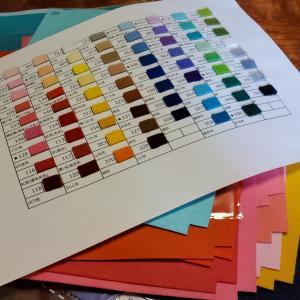 70色フェルトの色見本も完成【minneとTanoMakeやってます】
