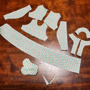 くまちゃんのワンピース縫い始めます【minneとTanoMakeで販売中】