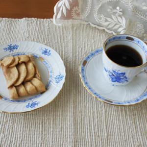 オープンアップルパイ&チョコケーキ