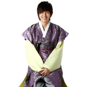 正官庄 動画UP!&韓流スターの韓服を一堂に広告と袞龍袍&イ・ミンからイ・ミンホへ