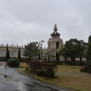 長崎に行くのは止めて有田方面を回って、雨の中を道の駅みやまに着いた (2010/1/27)