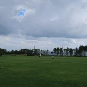 パークゴルフ場で雨にたたられて何もできずにオートサイトに戻ってきたら (2020/8/13)