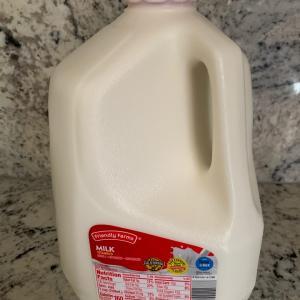貴重な牛乳とぎゃーーーー!な宣告