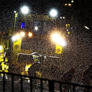 雪にもマケズ!深夜の線路修繕工事