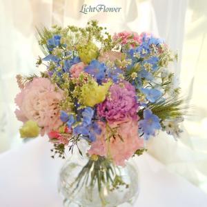 キキララカラーの花束