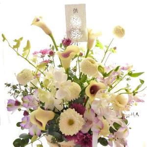 お盆・初盆の花贈り 心を贈る期間や花内容をご紹介