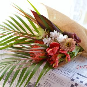 夏の名残りを楽しむ花束