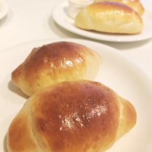 ロールパン。