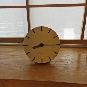 時計はやはり必要・・だから・・ここもデザインする