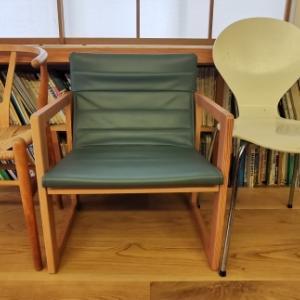 椅子のコンセルジュ