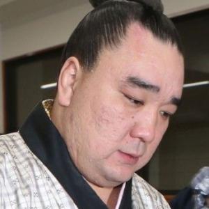 貴ノ岩に暴行の日馬富士が九州場所休場