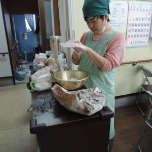 2/19(水)今月の行事日:地活でお弁当を作って外で食べてみよう!