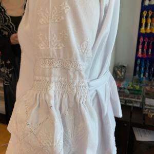 ウクライナ刺繍のブラウス
