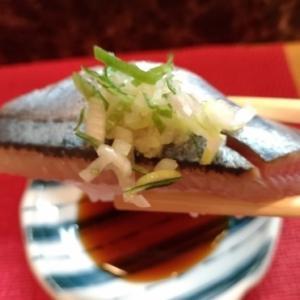 ニシン、サンマの握り寿司とボタン海老の塩焼き
