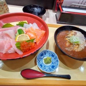 長崎市民人気の寿司屋で海鮮丼