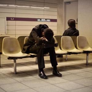 会社の人間関係に疲れた…「働きアリの法則」があなたをストレスから解放する!