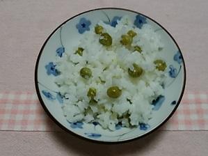 今年も豆ごはん炊きましたよ(*^_^*)