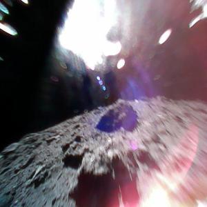 Ryuguへ小型ローバーが着陸、写真も届く!