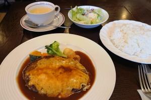 二本松は霞ヶ城前のレストランかすみ