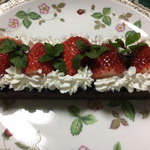 定番の手作りバレンタインのガトーショコラ〜♪