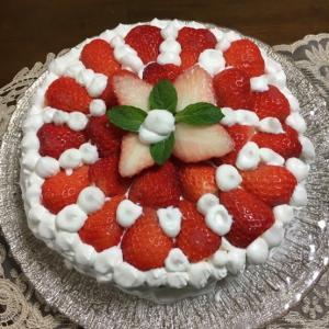 手作りケーキを作りました〜♪
