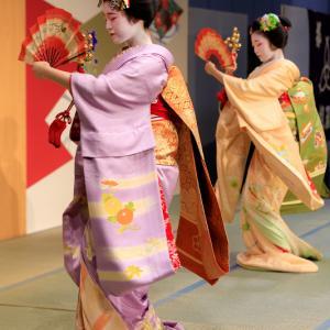 姫三社・祇園小唄/京料理展示大会2019 宮川町・とし七菜さん、ふく友梨さん