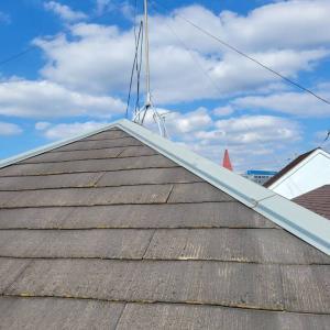 お宅の屋根、問題ありますよという訪販業者