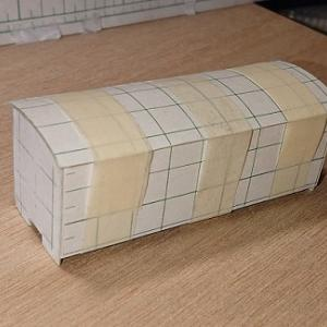 1/80HO/16番スケール ワム90000型貨車を作る。(屋根を取り付け)