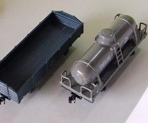 1/80HO16番スケール (自作貨車完成写真2)