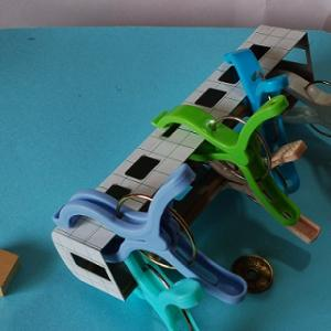 オシ16型食堂車(自由型)を作る (補強材接着)