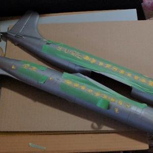 エレール1/72 c-118(DC-6B)リフトマスターを作る(窓を埋める)