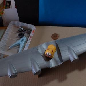 エレール1/72ダグラスC-118リフトマスター(スプレー塗装・・(;^ω^)・・)