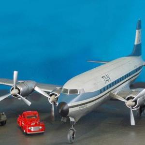 エレール1/72ダグラスC-118リフトマスター(DC-6) 完成写真6
