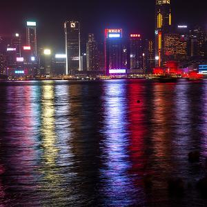 今日は香港終了の日、高度な自治はもうない、アメリカはどう出てくるのだろう?