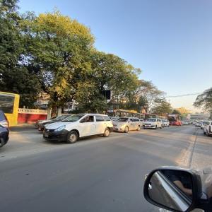 日曜の朝から大渋滞? と、Vlogのお知らせ!