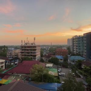 4連休中のミャンマー… 朝の散歩は最高です(#^.^#)