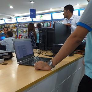 自分のパソコンを、ミャンマー語が表示できる仕様に… (^^;
