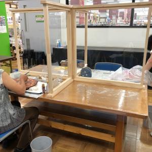 デコパージュ教室:ぞうがんの技法とパーティクルボード