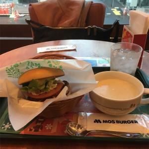 モーニング野菜バーガー&クラムチャウダー@モスバーガー 札幌南2条西1丁目店