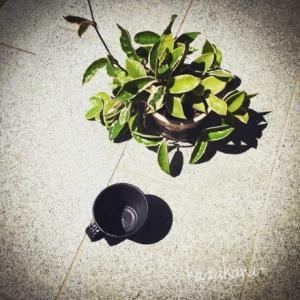 オールブラックなマグカップ
