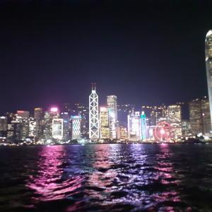 こんなに夜景が綺麗なのに…